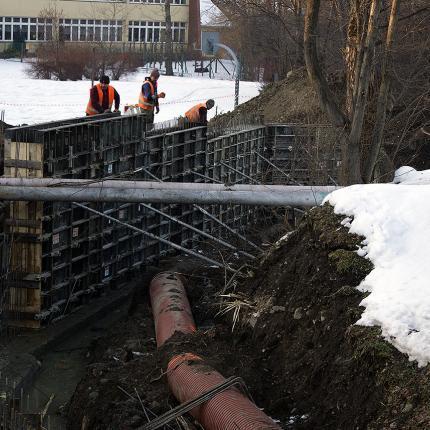 Budowa wjazdu do Sp. 2 w Zakopanem