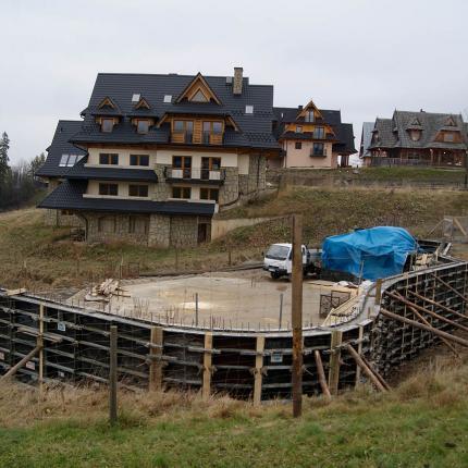 Budowa pensjonatu Murzasihle