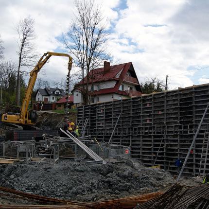 Budowa zakładu produkcyjnego w Rabce Zdrój