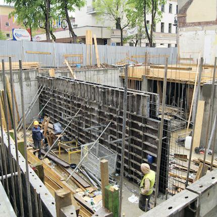Construction of a townhouse – rental of wall formwork