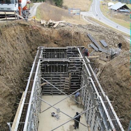 Budowa zbiornika na wodę pitną z zastosowanie szalunku MidiBox
