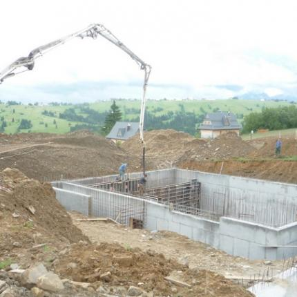 Construction of a hotel and SPA