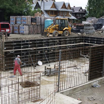 Budowa budynku usługowego w Suchem