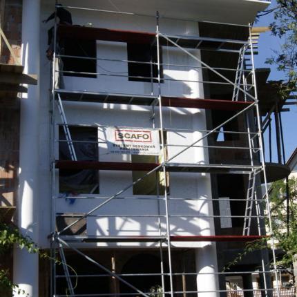 Rusztowanie fasadowe po złożeniu